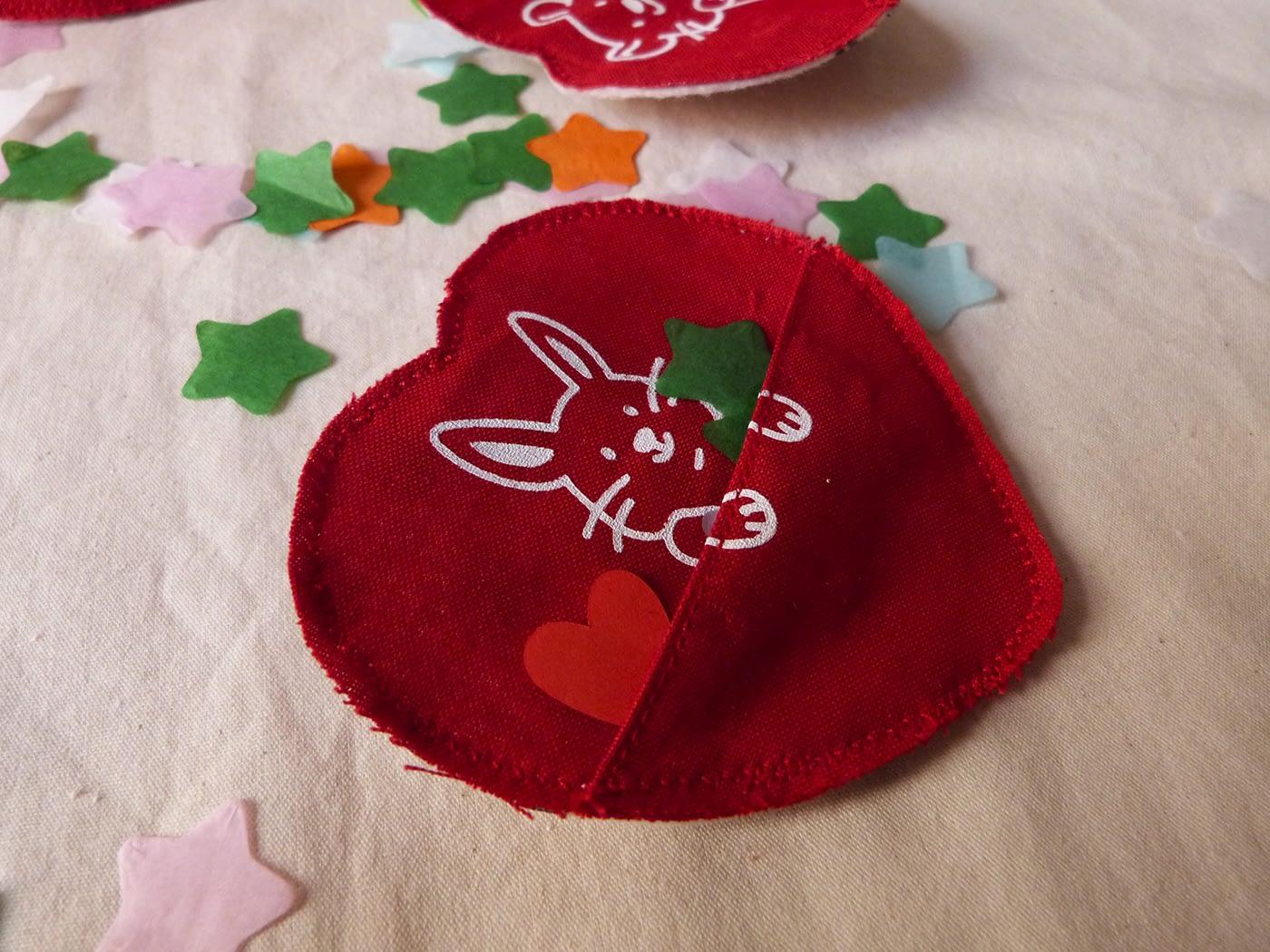 Broches à poches faites à la main pour la Saint Valentin