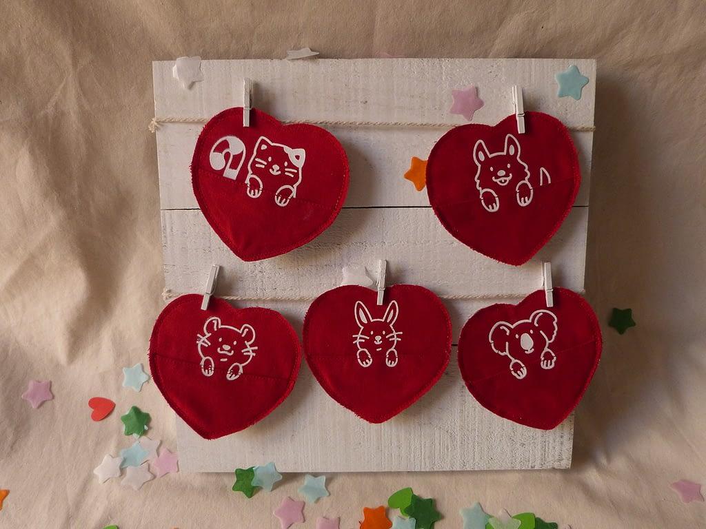 Saint Valentin broche sérigraphiée artisanale